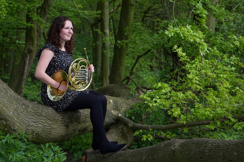 Isabelle Roelofs, in kralingse bos